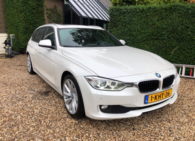 BMW_320D Executive Dynamic Edition