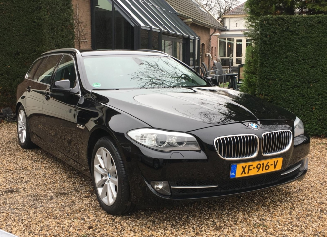 BMW 525D_Touring High Executive Automaat